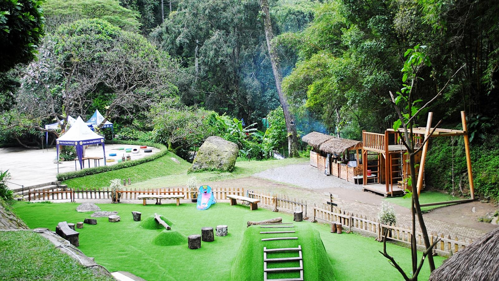 8 Tempat Wisata Di Bandung Yang Cocok Untuk Liburanmu Dan Keluarga